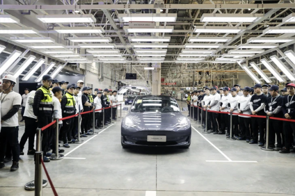Tesla Chinese factory